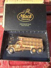 First Gear MACK GOLD EDITION 1960 B61 Dump Truck 19-2678 1:34 Diecast