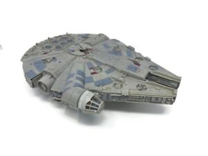 Collectible Star Wars Millennium Falcon Starship Legacy Collection-Parts Missing