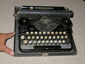 Antique Vintage 1922 UNDERWOOD PORTABLE TYPEWRITER in Hard Case Works GREAT!