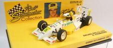 Voitures Formule 1 miniatures jaunes sur ralf schumacher
