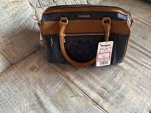 Neue, Unbenutzte Handtasche von desigual Zu Verkaufen