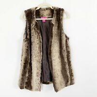 Betsey Johnson Faux Fur Soft Fuzzy Sleeveless Brown Vest Size Medium Lined