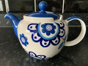 Whittard Of Chelsea Blue Flower Clipper Hand Painted Tea Pot