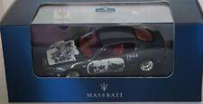 Voitures, camions et fourgons miniatures gris IXO Maserati