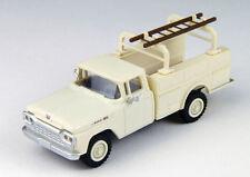 Classic Metal 1/87 HO 1960 Ford Utility Truck Corithian White 30462