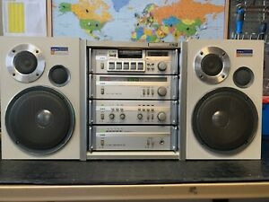 Aiwa M-301 series 30 Audio HI-FI System BoomBox PRE AMP TUNER DECK RACK SPEAKERS