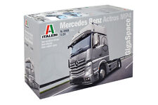 Italeri 3905 1/24 Scale Model Truck Kit Mercedes-Benz Actros MP4 Gigaspace 4x2