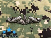 "ORIGINAL US NAVY Submarine Warfare Enlisted ""dolphins"" ""fish"" Insignia Pin Badge"