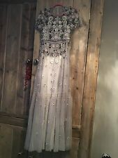 NEEDLE & THREAD EXCLUSIVE FLORAL SHIMMER GOWN *SIZE 8 STILL AVAILABLE*