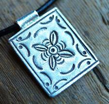 Silber Anhänger Verspielt Rechteck 2,3 x 1,7 cm Amulett Floral Muster Matt