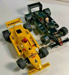 1981 Scalextric Pennzoil & Olympus Steering formula / Indy  cars.
