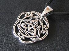 Keltischer Knoten Silber 925 + Echtlederband Ketten Anhänger  / KA 149