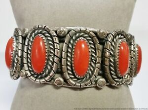 Gorgeous Vintage Finely Made Native American Coral Silver Cuff Bracelet
