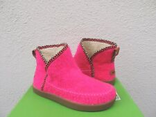 SANUK NICE BOOTAH NEON PINK BOUCLE KNIT FAUX FUR LINED BOOTS, SIZE US 7/ 38 ~NEW
