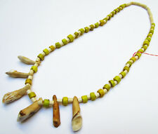 Ancien Collier Pâte de verre ancienne Venise jaune et os Naga Nagaland Inde 19e