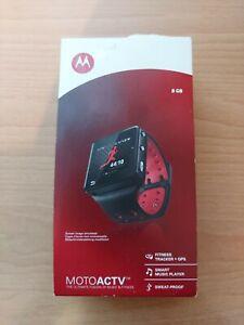 Motorola MOTOACTV 8GB Touchscreen Fitness Tracker GPS Smart Watch Bluetooth