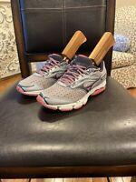 Mizuno Women wave legend 3 Running Shoes Sz 6.5