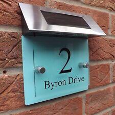 MODERN HOUSE SIGN PLAQUE DOOR NUMBER STREET GLASS ACRYLIC/ GREEN SOLAR LIGHT