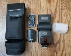 Altura Flash for Nikon (with accessories)