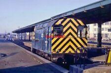 PHOTO  CLASS 08 SHUNTER 08742 RAILWAY STATION PILOT. TAUNTON. 1980S.