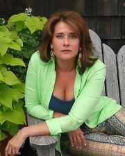 Bracco, Lorraine (13173) 8x10 Photo