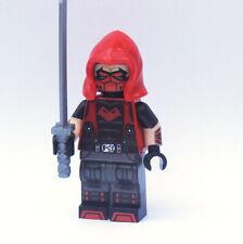 Custom - Outlaws Red Hood - DC Super heroes minifigures on lego bricks