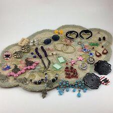 Misc Earrings Mixed Lot 28 Pairs Dangle Beaded Skulls Stars Flowers Owls Trendy