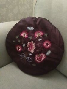 V&A EMBROIDERED ROUND CUSHION - GORGEOUS SILKY PURPLE (VICTORIA & ALBERT MUSEUM)