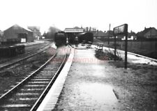 PHOTO  SR HAYLING ISLAND RAILWAY STATION VIEW LOOKING TOWARDS THE BUFFER STOPS I