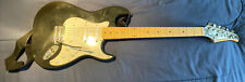 Silvertone 6 String Electric Guitar With SoftCase  Whammy Bar, Lt-310 Autotuner