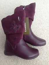 NEW CLARKS GIRLS QUALITY BOOTS UK 7 F BURGUNDY  RRP £36