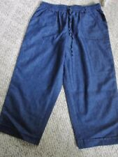 "WOMEN'S  HASTING & SMITH  "" medium wash   CAPRIS , SIZE S, NWT"