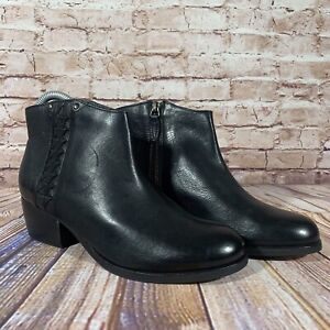 NEW Clarks Artisan Maypearl Fawn Zip Booties Black Leather Womens Size 7 M Shoes