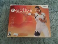 EA Sports Active Personal Trainer (Nintendo,  Wii) Set