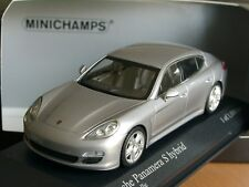 Minichamps Porsche Panamera S Hybrid plata - 400 068250 - 1:43