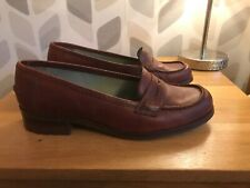 Clarks Size 7 Brown/Burgandy Heeled Loafer VGC