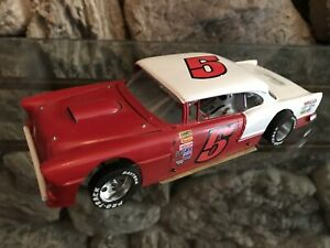 1/24 Scale Hard Body Slot Car - Ready to Race! - KC Racing chassis