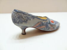 Just The Right Shoe Lavish Tapestry 25087 Miniature Collectables