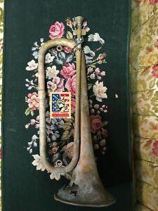 Civil war brass bugle with mouth piece