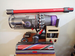 New Dyson V11 Outsize Cordless Vacuum Red/Nickel Model 298706-01 SEE DESCRIPTION
