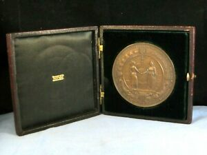 ANTIQUE CHAMBER OF COMMERCE BUILDING NEW YORK NATIVE AMERICAN MEDAL TIFFANY BOX