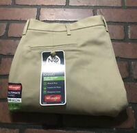 Wrangler No Iron Ultimate Khaki Flat Front Classic Fit Pants Men's 40 x 29