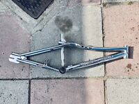 GT Vertigo bmx frame and forks mid school