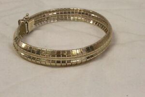 22.2 gram, 925 Silver Bracelet  Jewelry For wear.