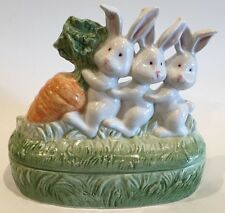 Fitz & Floyd OCI 3 Bunny Rabbits With Carrot Trinket Box