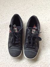 Boys shoes size 2.5