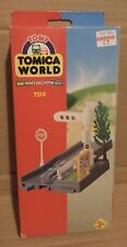 TOMY Train Trackmaster Tomica World - TRAFFIC LIGHT - 7514 BOXED