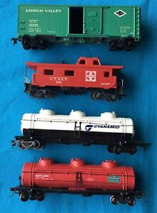 1980's Vintage BACHMANN  Life-Like HO scale Rolling stock Carriages x 4 lot 3