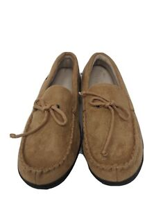 Isotoner Men's Slippers  9.5-10.5 Tan Suede Mocasin style