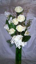 Nouvelle Crème & Vert Fleurs Artificielles Bouquet, Conservatory Lounge, prêt pour vase